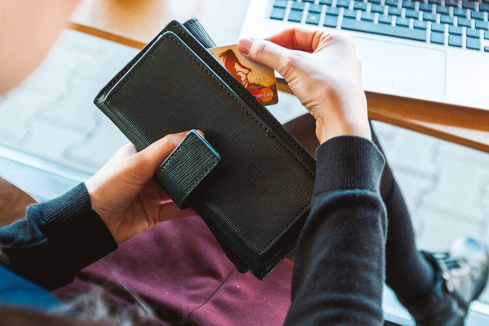 Imagen del post ¿Vale la pena usar la tarjeta de crédito en el extranjero?