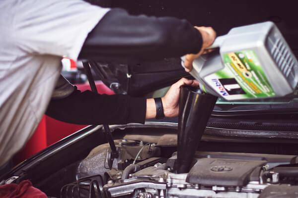 mantencion de vehiculos y cambio de aceite